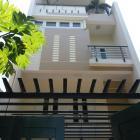 Cho thuê nhà nguyên căn gồm 3 tầng khu vực phố Tây phù hợp kd