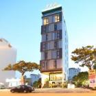 Cho thuê khách sạn 17 phòng bên bờ sông Hàn thơ mộng. Liên hệ ngay: 0923.122.034