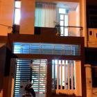 Cho Thuê nhà nguyên căng, 3 tầng tổng diện tích 210m vuông, giá 15triệu/ tháng. Giữa cầu Sông Hàn và Cầu Thuận Phước