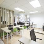 Cho thuê văn phòng sàn trần đầy đủ, dọn vào làm ngay, chỉ 65 tr - 205 m2, Lh Mizuland: 0942 32 6060