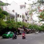 Cho thuê nhà nguyên căn 3 tầng mặt tiền Nguyễn Chí Thanh, khu sầm uất, đông khách du lịch
