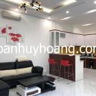 Cho thuê nhà đẹp 3 tầng đối diện Furama, 3 phòng ngủ khép kín, giá 23.4 triệu