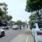 Nhà mặt tiền Lê Đình Lý - con đường vuông góc Nguyễn Văn Linh.