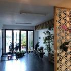 Cho thuê nhà đẹp 3 tầng gần sân bay quốc tế Đà Nẵng.  Đầy đủ nội thất đẹp. hiện đại.