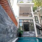 Nhà 3PN có hồ bơi kiệt Dương Đình Nghệ - B547