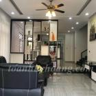 Cho thuê biệt thự gần biển Nguyễn Tất Thành 5 phòng ngủ khép kín-TOÀN HUY HOÀNG