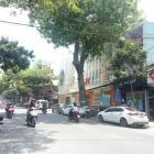 Cho thuê nhà 2 tầng mặt tiền Quang Trung, 25 tr/tháng